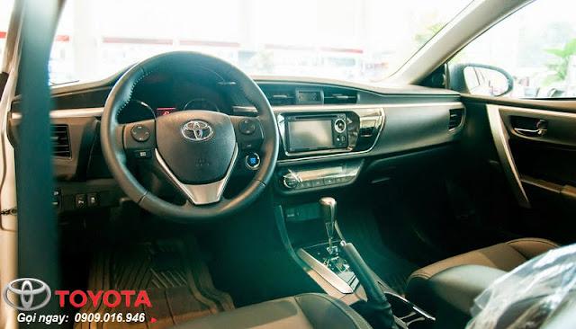 Nội thất Toyota Corolla Altis 2.0 2016 với nhiều trang thiết bị hiện đại