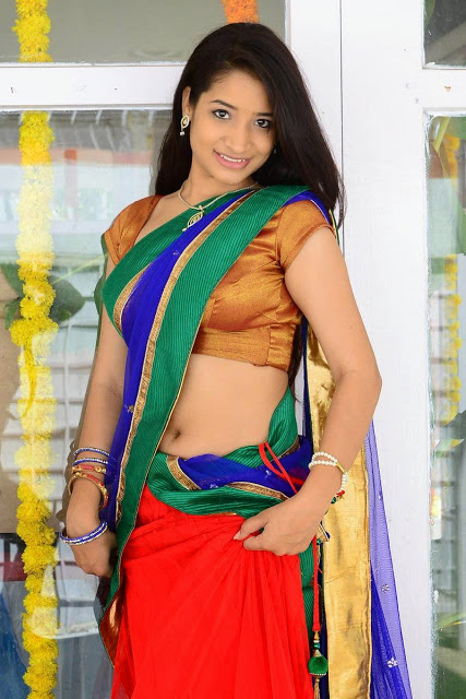 Indian Santoshi Sharma Hot Saree Images -  Desi Bhabhi-2885