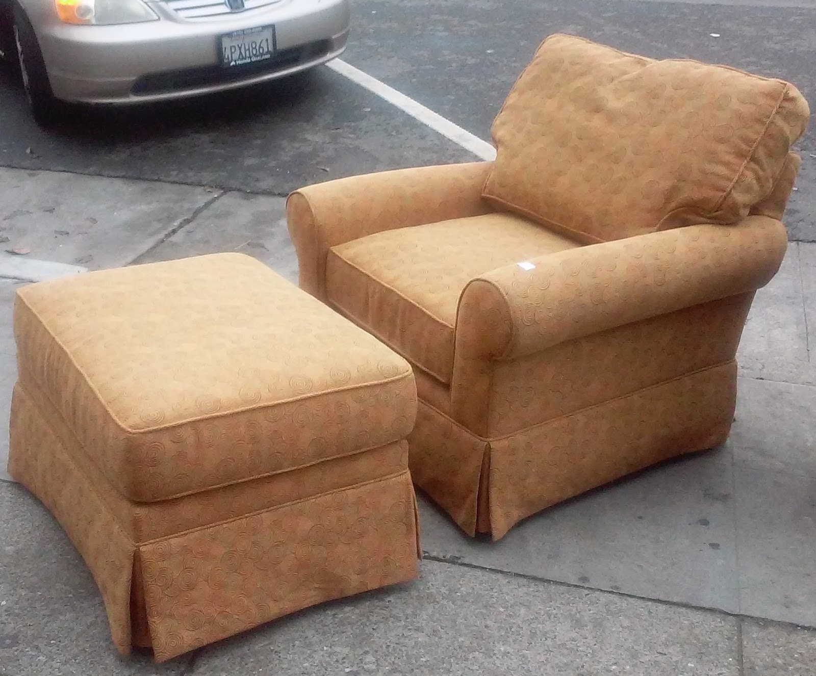 Uhuru Furniture Collectibles Sold 10320 Calico Corners Designer Chair With Ottoman 75