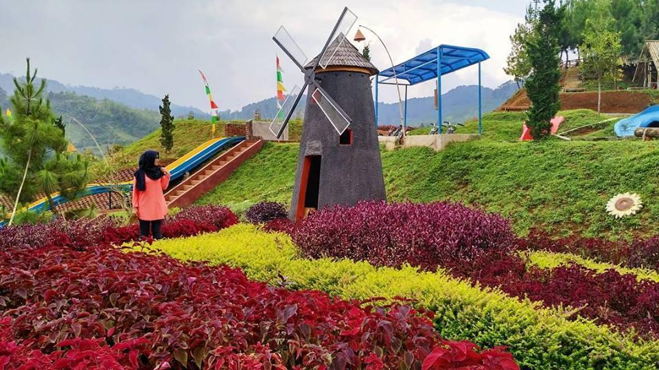 10 Tempat Wisata Baru Di Bandung Yang Ngehits Minggu Ini September 2017