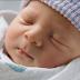 Giải đáp thắc mắc cho mẹ về việc trẻ sơ sinh có nên đội mũ, đi máy bay không