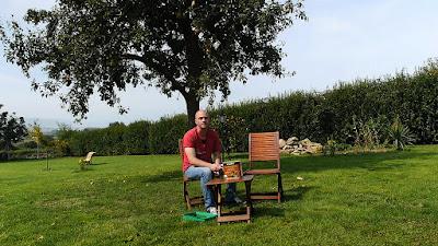 Cómo tratar y recuperar el color de un mueble de jardín de teca. http://www.enredandonogaraxe.com