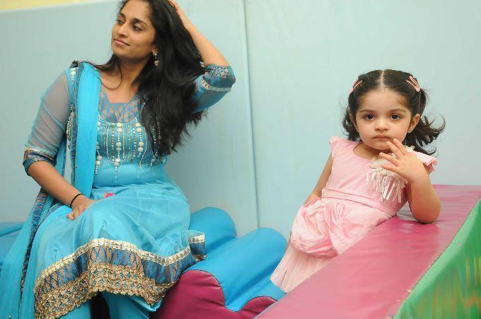 Tamil Actor Ajith Family Photo
