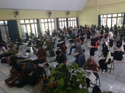 Pelaksanaan Ujian Tulis SIPENMARU POLTEKKES MAKASSAR 2016