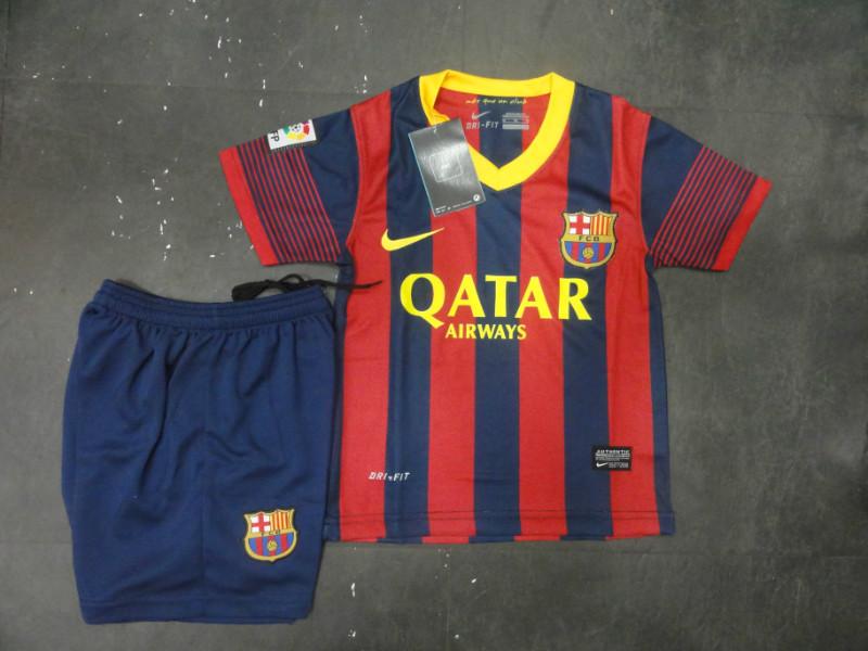 d68f7961d9747 La camiseta del fútbol niño 13 14 temporada de tienda online ...