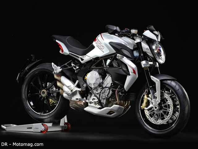 les plus belles motos roadster fonds d 39 cran hd. Black Bedroom Furniture Sets. Home Design Ideas