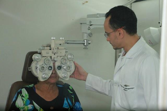 Senador Canedo: Mutirão oftalmológico atende dezenas de pacientes