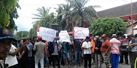 Ratusan Nelayan Prigi Demo Tolak Pemvangunsn Pelabuhan