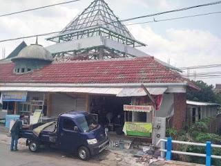 Masjid Ramadhan tampak dari jalan