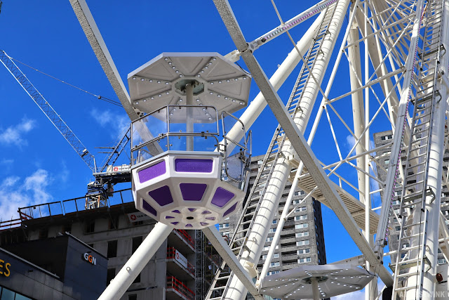 Rotterdam world port days ferris wheel open cart