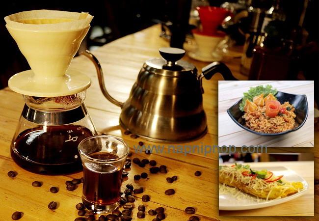 Daftar cafe resto dan coffee shop di Bandung yang bisa jadi tempat ngobrol seru dan asik.