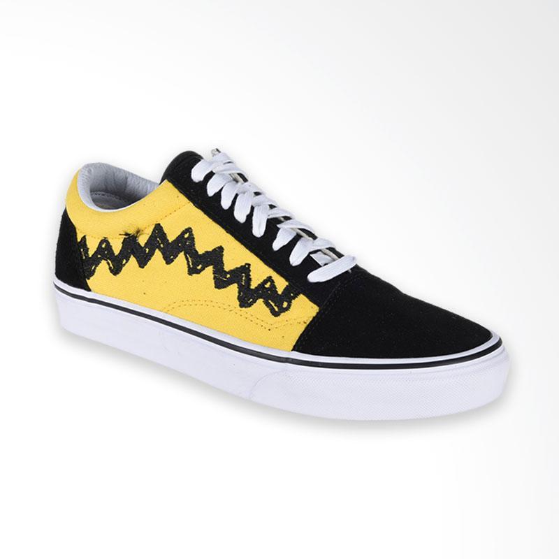 Vans Ua Old Skool Peanuts Charlie Sneaker Shoes Pria - Brown Black. Harga  IDR  Rp. 1.120.000-. Fitur Produk 050dc26d13