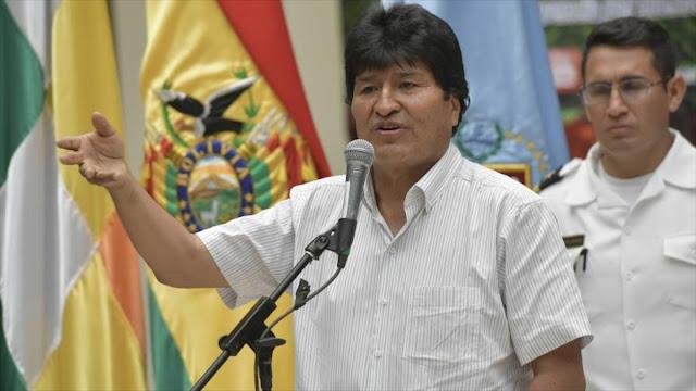 Morales insiste en que los golpistas venezolanos escuchen al papa