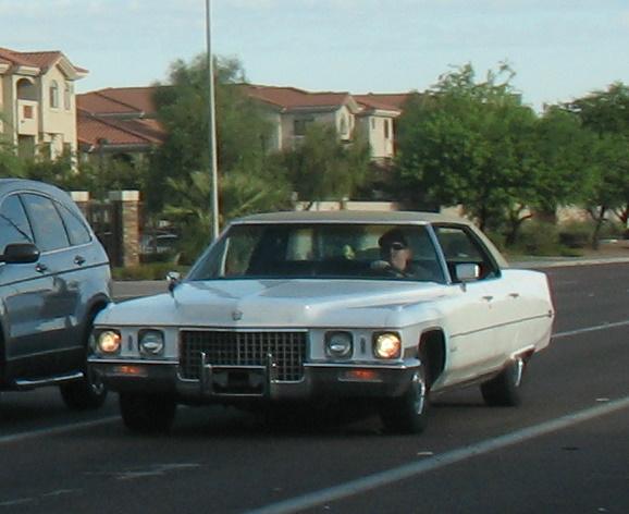 1971 Cadillac Sedan deVille