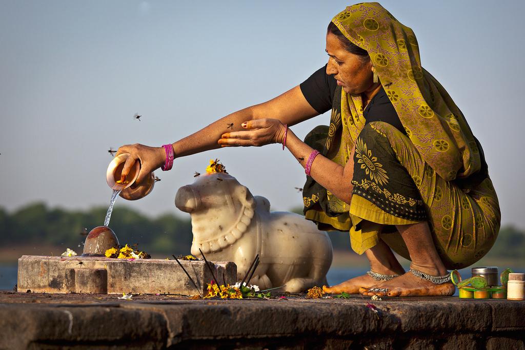 pooja-yela-cheyali-pooja-vidhanam-pooja-vastuvulu