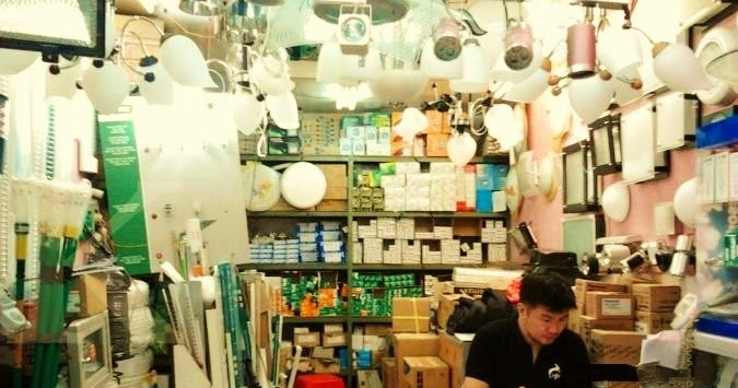 Sentra Penjualan Alat – Alat Listrik & Lampu Hias Terbesar