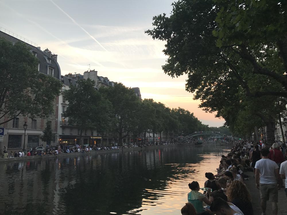 Yksi kuuma yö Pariisissa 11