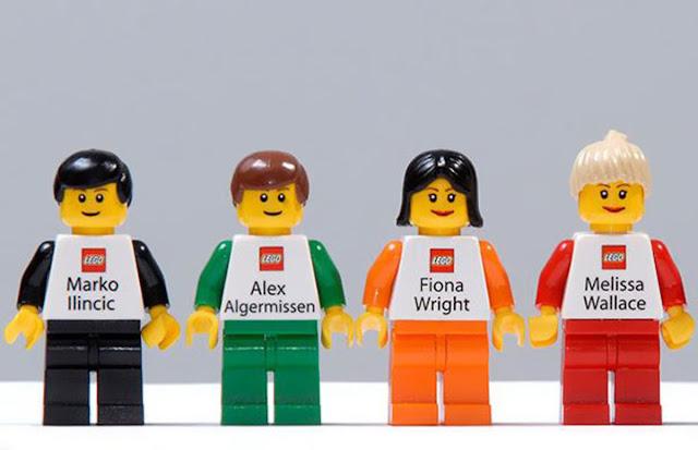 Danh thiếp của nhân viên hãng đồ chơi lắp ráp nổi tiếng Lego