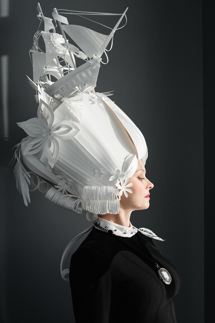 02-Asya-Kozina-Ася Козина-Baroque-Wigs-made-out-of-Hand-Cut-Paper-www-designstack-co