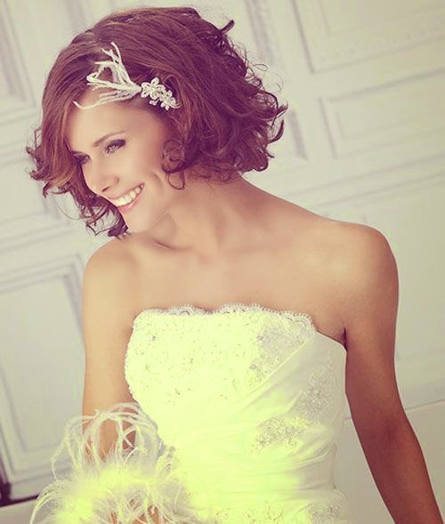 Short Wedding Hairstyles Give Personality to a Wedding