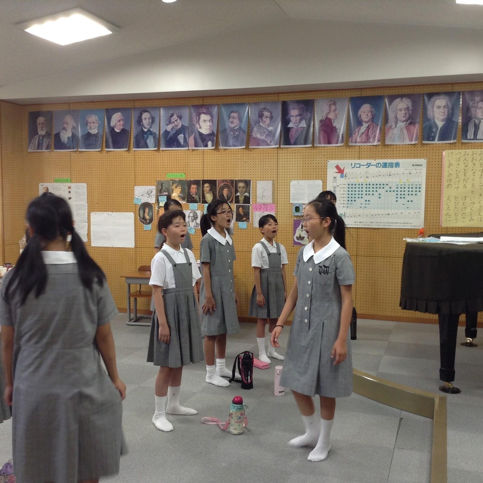 敬愛小学校: 合唱部が練習に励んでいます!