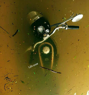 RE-RoyalEnfield-Bullet submerged in Flood water