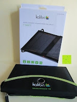 Lieferumfang: Kalibri® Solar Ladegerät für umweltfreundliches Laden von Smartphone, Tablet, iPhone und iPad