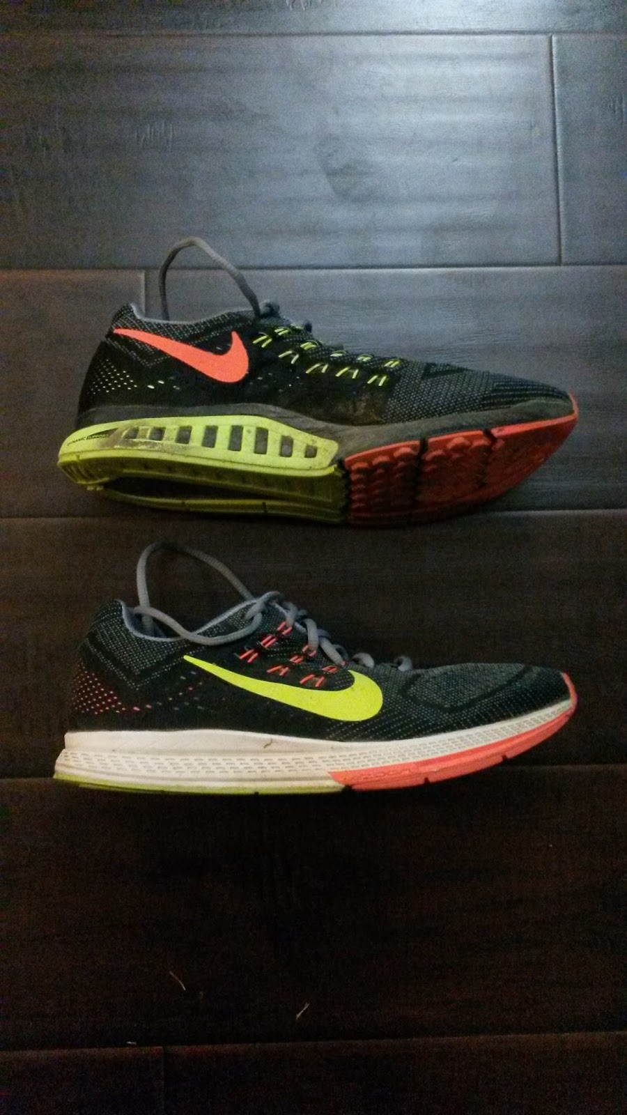 deac664f31f50 ... zoom structure running shoe a06ca dceb5  discount sole this sole has  been updated from the traditional nike waffle square nubs to hexagonal