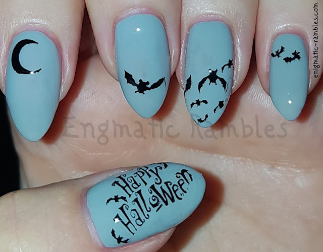 Happy-Halloween-Bat-Nails