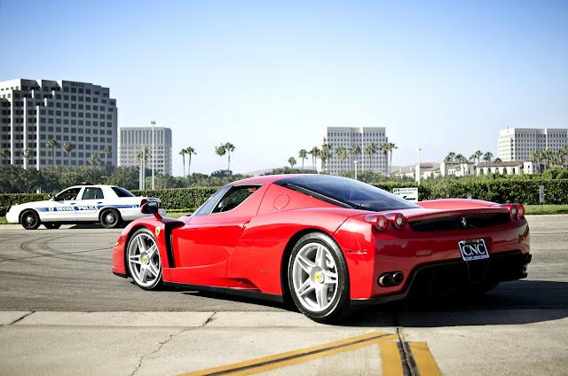 フェラーリ壁紙「Enzo Ferrari」