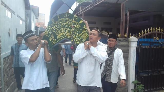 Juniah Warga Beji Korban Tsunami Banten Dimakamkan