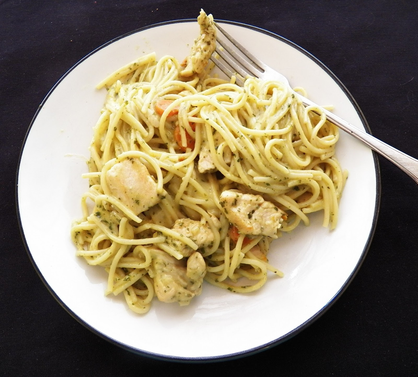 Martha's Recipe Cabinet: Pesto Chicken Pasta
