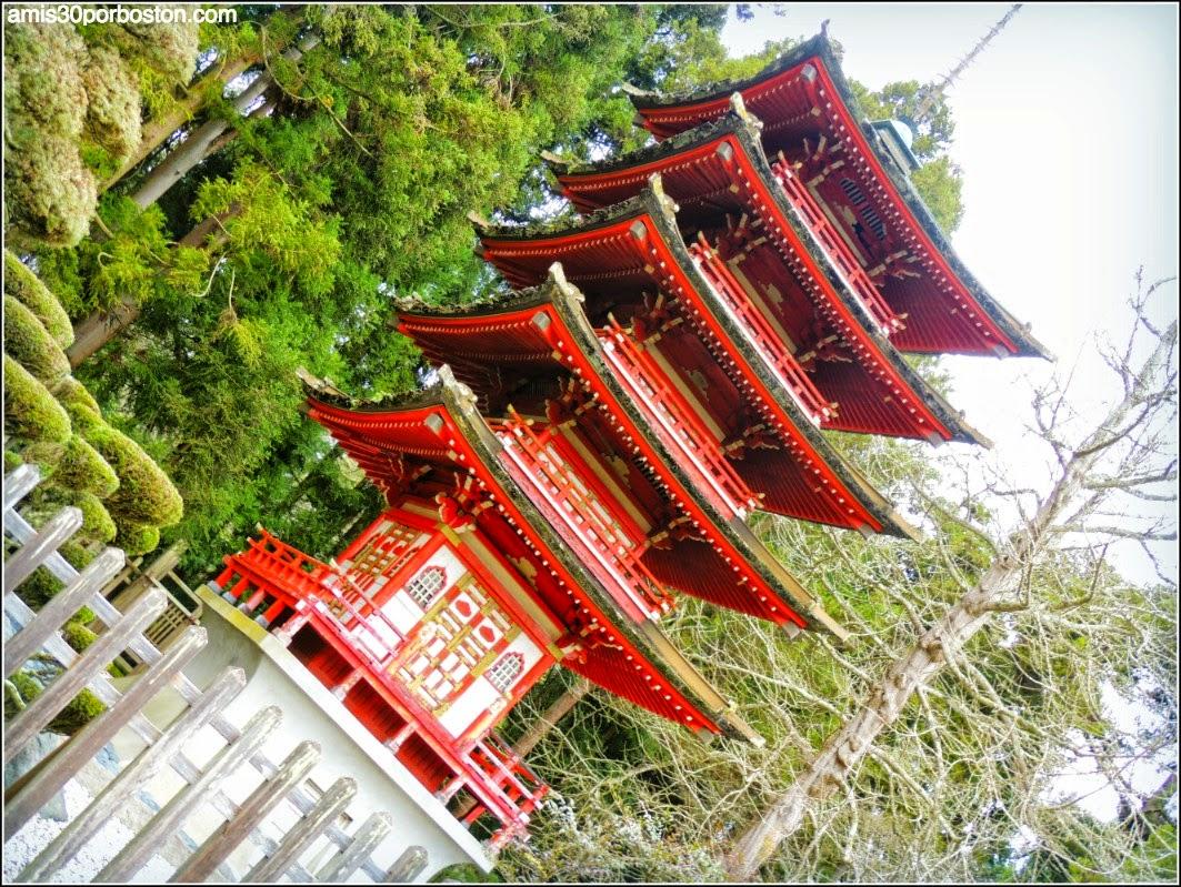 Pagoda Japanese Tea Garden: San Francisco