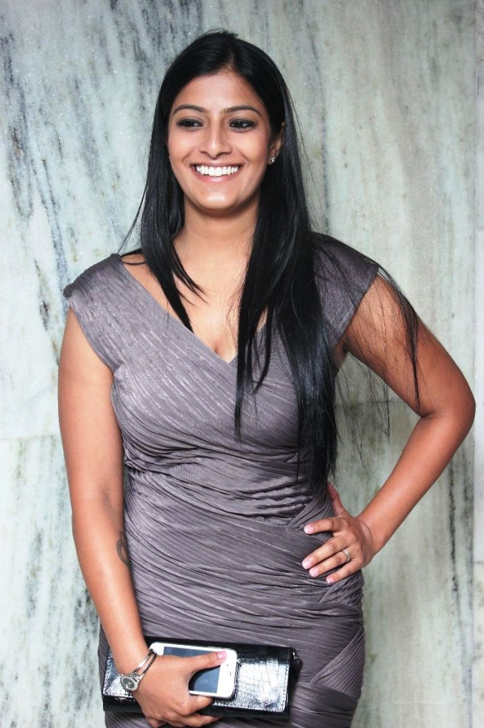 Actress Varalakshmi Sarathkumar In Poda Podi Picture