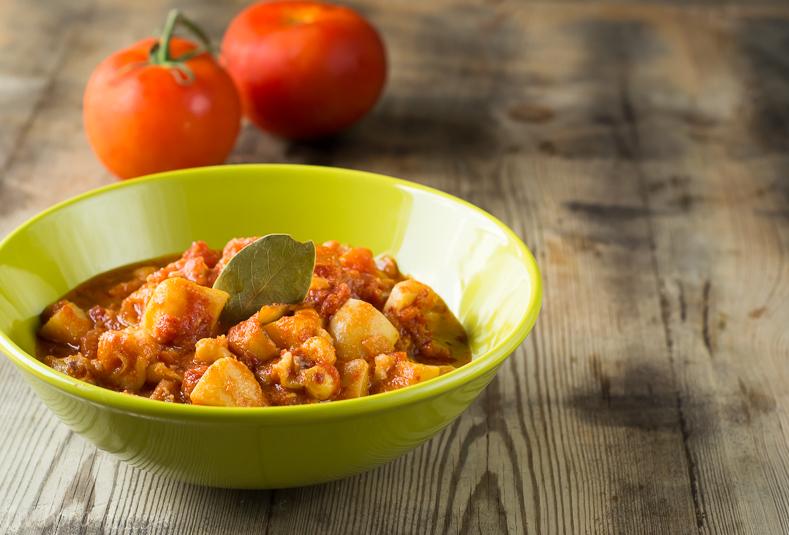 Sepia en salsa de tomate y almendras | la Rosa dulce