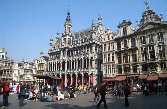 Brussels Interesting Facts in Hindi
