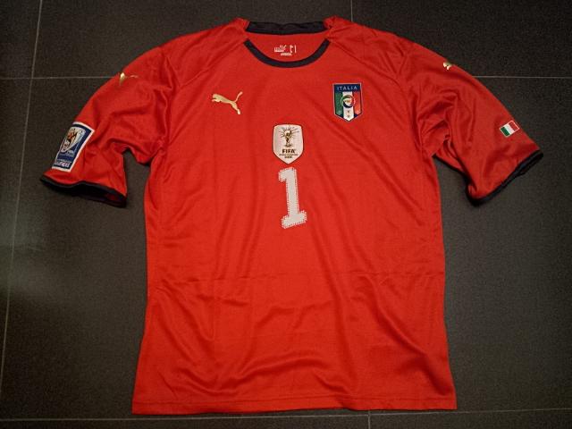 buy online 33592 a9239 Azzurri @ Hong Kong: Gianluigi Buffon #1 (Italy vs Ireland ...