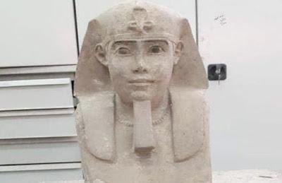 التمثال المصغر لأبو الهول يرجع للعصر البطلمي