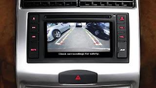 nissan mobil terbaik di lengkapi monitor kamera belakang