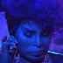 """Você precisa assistir ao novo clipe da Elza Soares, """"Mulher do Fim do Mundo"""""""