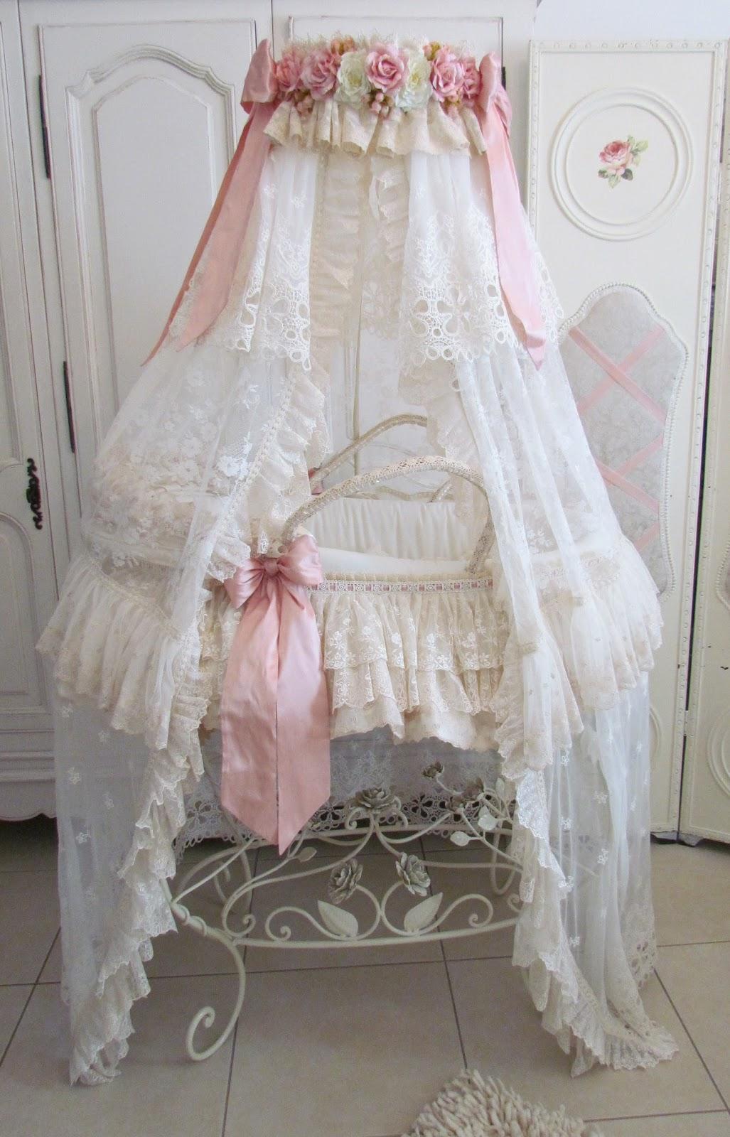 bebek-yatagi-romantik-tarz