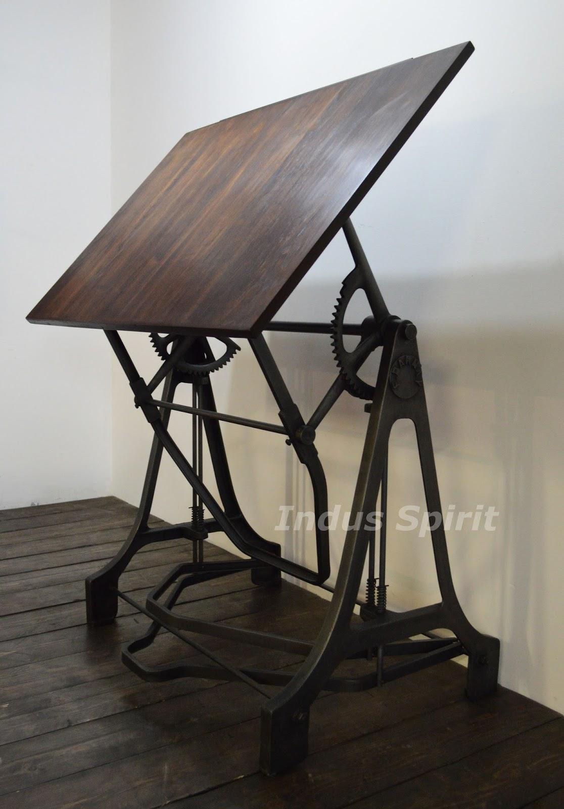 table dessin industrielle darnay. Black Bedroom Furniture Sets. Home Design Ideas