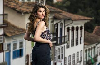 Alinne Moraes deu vida à Isabel em Espelho da Vida