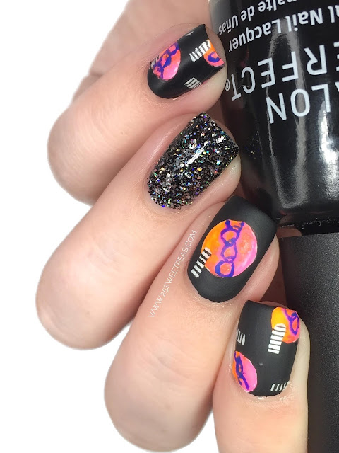 5 Seconds of Summer Youngblood Nail Art