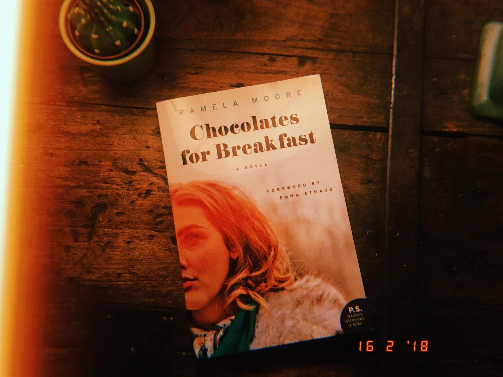 Chocolates for Breakfast de Pamela Moore