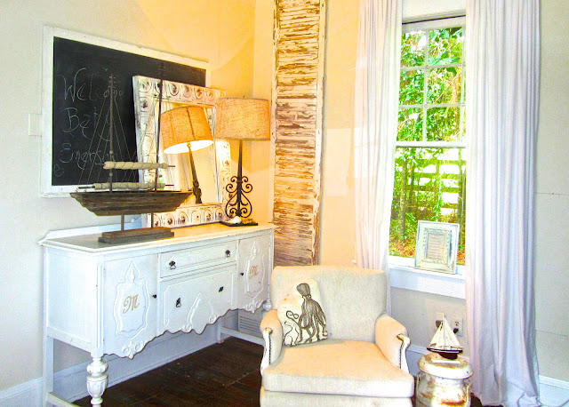 Charming cottage in Alabama. Leslie Anne Tarabella blog.
