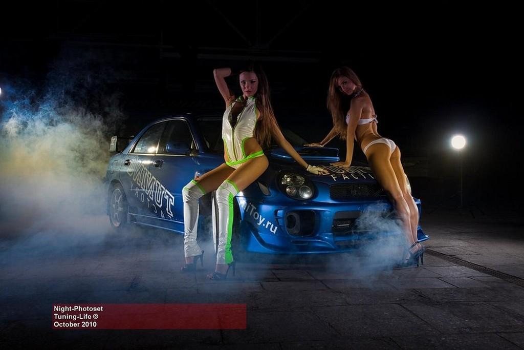 Wallpaper Import Cars Donne Amp Motori24 Due Modelle E Le Auto Giapponesi