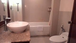 Kamar mandi hotel patra jasa Semarang