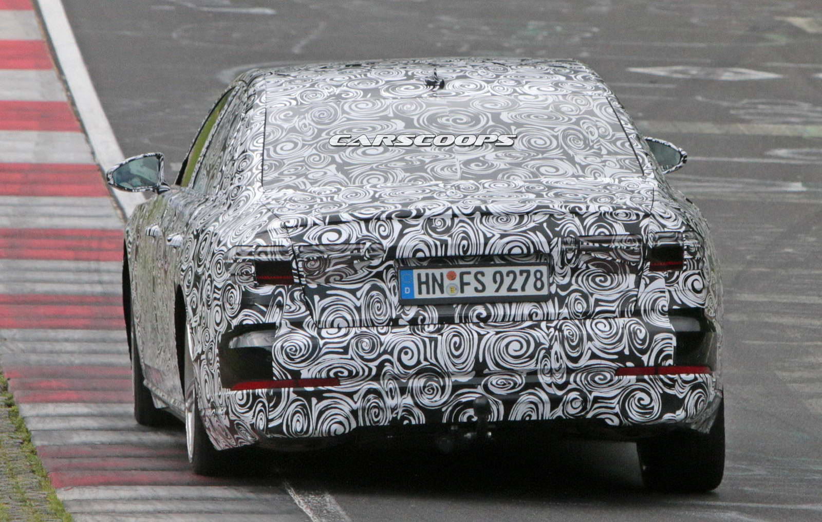 2018-Audi-A8-10