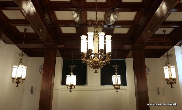 oświetlenie żyrandol Warszawa Warsaw detale PRL socrealizm architektura